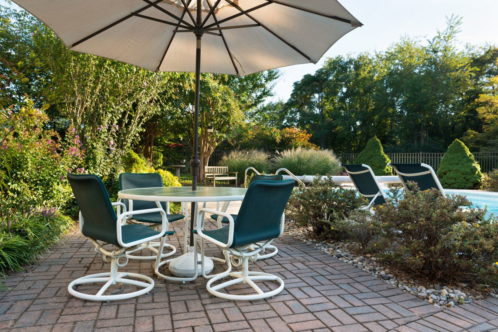 COMPLETE OUTDOOR LIVING INSTALLATIONS on Complete Outdoor Living id=14487